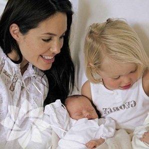 ikizler burcu anneleri3
