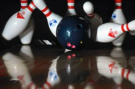 Gutterball bowling oyunu