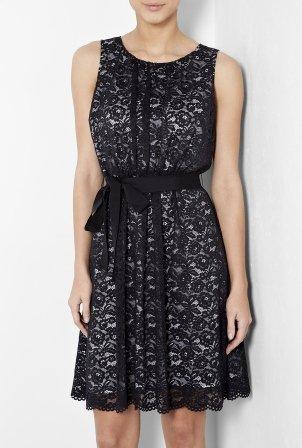 Siyah mini dantel elbise modelleri
