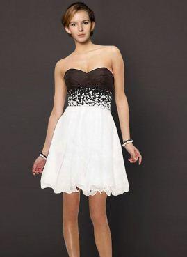 siyah, beyaz elbiseler