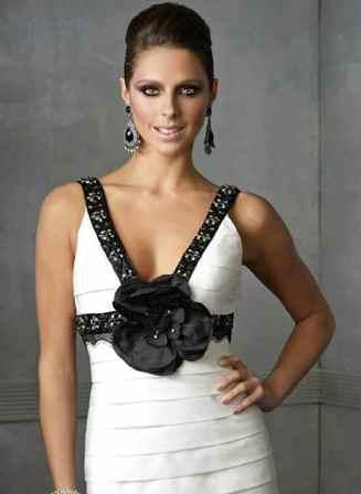 siyah ve beyaz abiye elbise modelleri