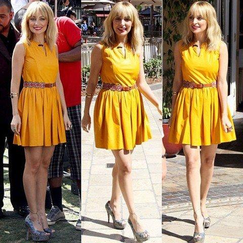 neon renklerde deri elbise modelleri