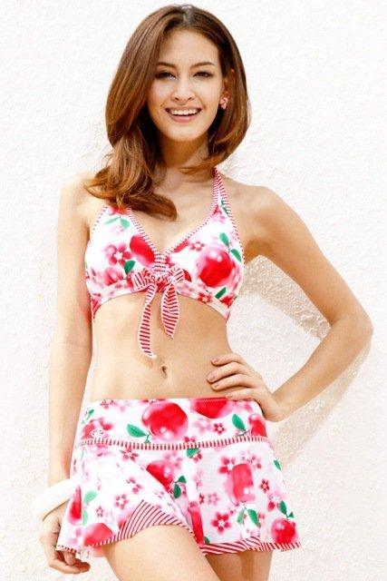 2013 etekli bikini modelleri