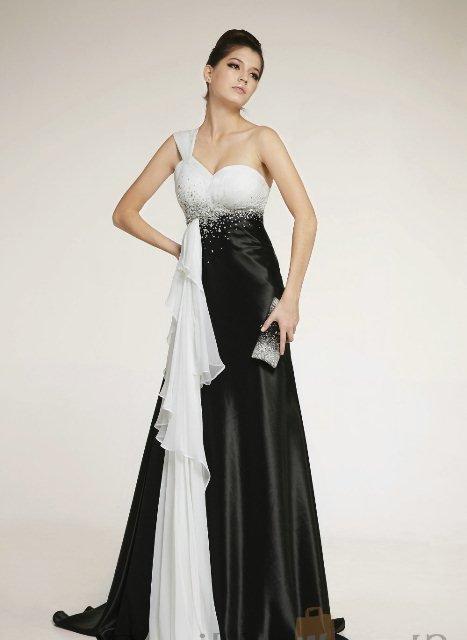 siyah beyaz balo elbisesi