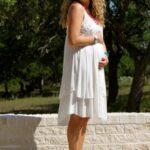 zara beyaz hamile elbisesi