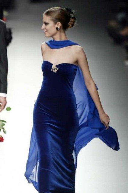 mavi kadife abiye elbise