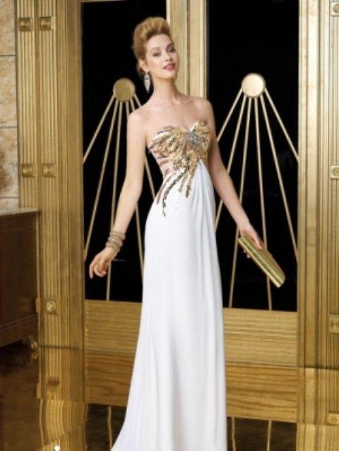 straplez beyaz gece elbisesi