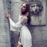 beyaz-gotik-elbise