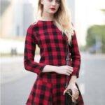 uzun-kollu-ekoseli-elbise-modeli