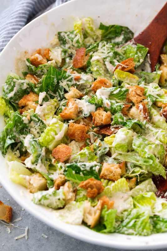 Tavuklu sezar salata kalorisi